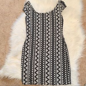 🐼Geometric pattern mini dress🐼